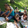 Alumnos Junior de la escuela en clase de ingles en el jardin - Speak and Fun